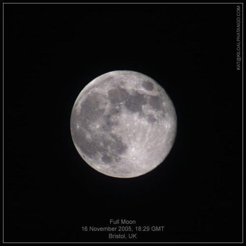 Full Moon - 16 November 2005: Full moon viewed on the 16 November 2005 at 18:29 from Bristol, UK.